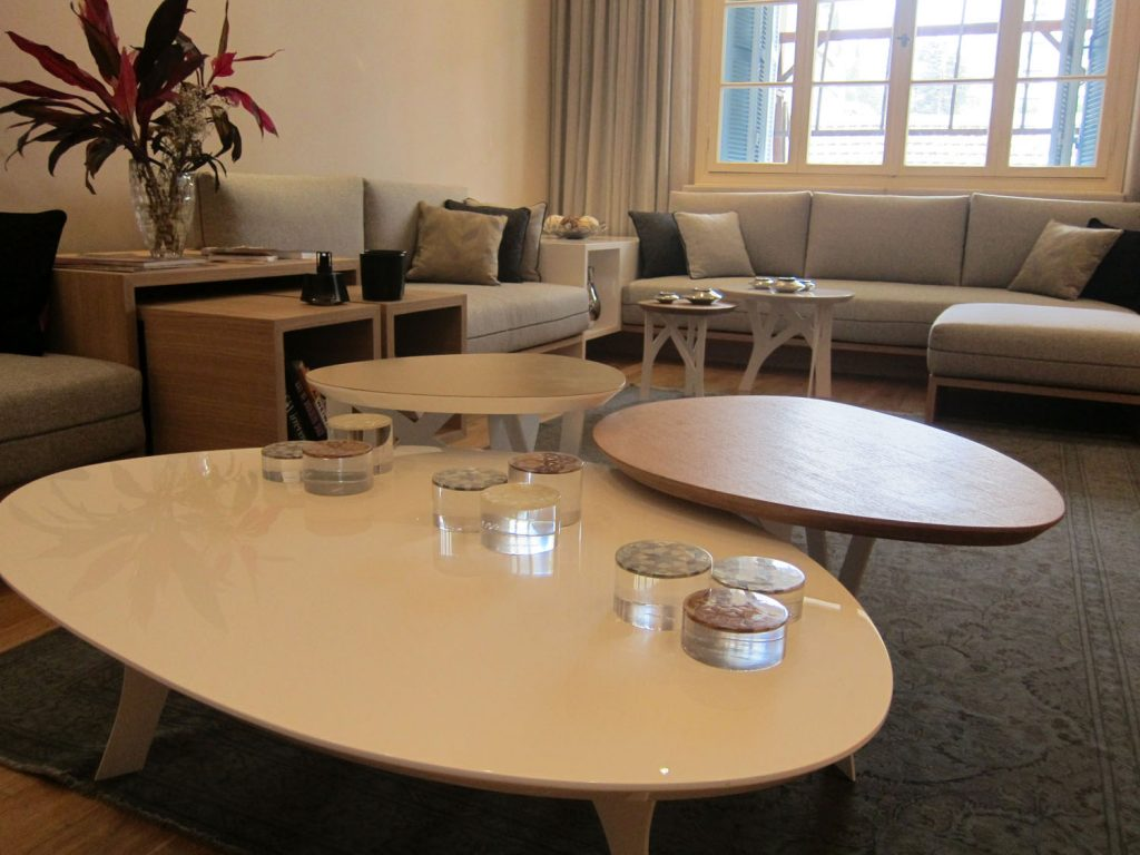 Ovo Tables (9)